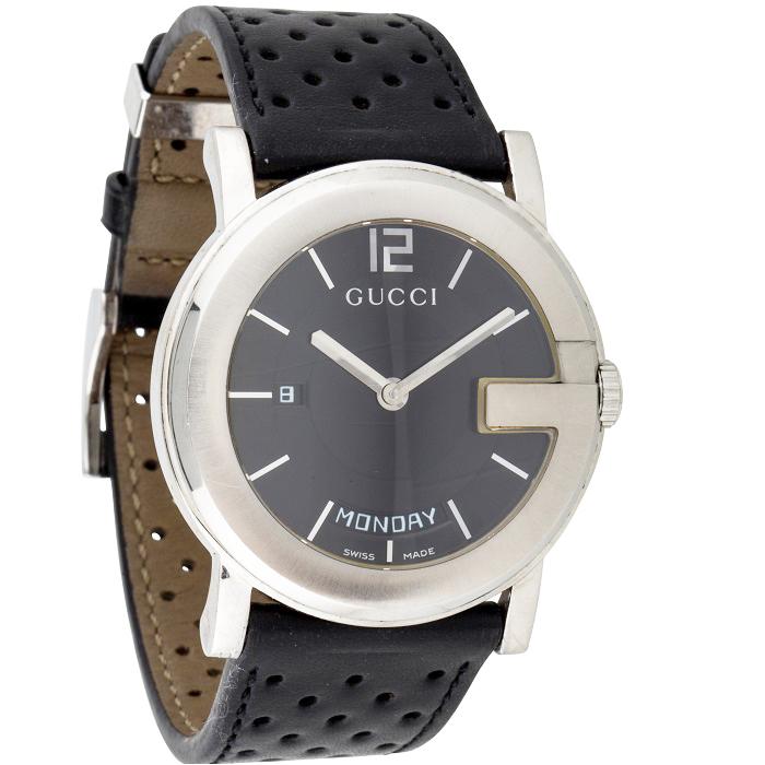 Ρολόι ανδρικό Gucci G-Round Day Date με δερμάτινο λουρί και μαύρο καντράν  YA101301 f36834bd50f